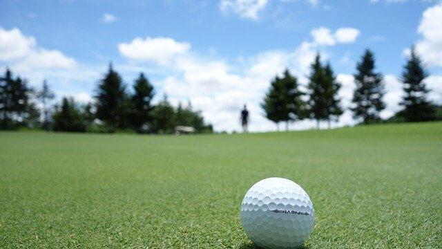 ゴルフとグリーン